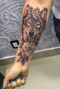 60 wolf tattoos to inspire you .- 60 Wolf-Tätowierungen, zum Sie inspirieren zu lassen – Fotos und Tätowi… 60 wolf tattoos to inspire you – photos and tattoos – 60 wolf tattoos to inspire you – photos and tattoos – - Tattoos Bein, Forarm Tattoos, Cute Tattoos, Leg Tattoos, Body Art Tattoos, Tattoo Drawings, Tatoos, Theigh Tattoos, Arm Tattos