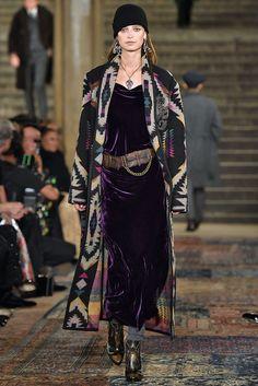 Every Look From Ralph Lauren Spring/Summer 2019 Ralph Lauren - Runway - September 2018 - New York Fashion Week New York Fashion, Fashion Week 2018, Style Couture, Couture Fashion, Black Women Fashion, Womens Fashion, Ralph Lauren Womens Clothing, Style Ethnique, Style Noir