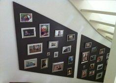 Saai trapgat opvullen met verschillende fotolijstjes op een bord.