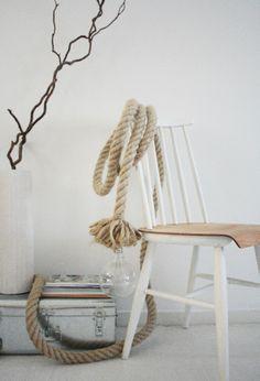 Baladeuse en corde géante / Large cord lamp — LES PETITS BOHEMES