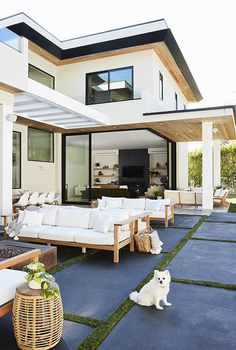 Jenna Dewan opened up her L. home with boyfriend Steve Kazee, showing off her 'mystical' and modern style — see the photos Indoor Outdoor Living, Outdoor Spaces, Outdoor Ideas, Steve Kazee, Jenna Dewan, Outdoor Flooring, Backyard, Patio, Los Angeles Homes