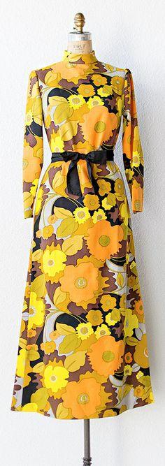 vintage 1960s dress   vintage 1960s FLORIBUNDAS MAXI dress