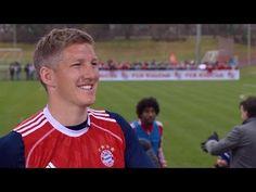 Was sagt Bastian Fußballgott Schweinsteiger über Mario Mandzukic?
