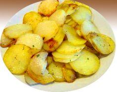 Шедевры кулинарии: Жареная картошка с луком по-домашнему
