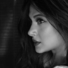 Jennifer Winget Latest Images, HD Photos, New Pics Girl Photo Poses, Girl Photography Poses, Photo Shoot, Jennifer Winget Beyhadh, Jennifer Love, Stylish Girl Images, About Hair, Celebs, Celebrities