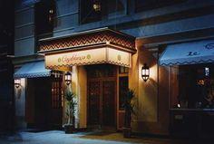 1-entrada-del-hotel-casablanca-de-nueva-york.jpg (450×304)