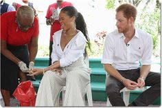 Rihanna and Prince Harry get live HIV tests (photo) - http://www.thelivefeeds.com/rihanna-and-prince-harry-get-live-hiv-tests-photo/