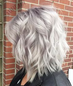 50 Best Haircuts for Thick Hair in 2020 - Hair Adviser - - Do you feel like it's time to breathe new life into your thick tresses? Here are 50 most flattering haircuts for thick hair you'll love! Medium Shaggy Hairstyles, Short Hairstyles For Thick Hair, Haircut For Thick Hair, Sleek Hairstyles, Grey Hair Haircut, Choppy Bob For Thick Hair, Choppy Bobs, Wedding Hairstyles, Lob Haircut