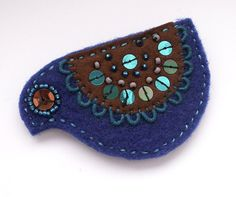 felt bird brooch by ochla....love the colours!
