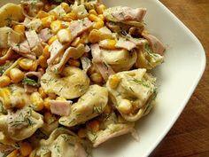Pobite gary Barbary: Sałatka z pierożkami Polish Recipes, Polish Food, Tortellini, Ricotta, Potato Salad, Potatoes, Meat, Chicken, Ethnic Recipes