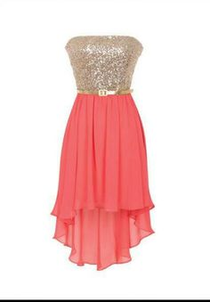 I like this dress very pretty