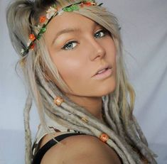 I'd dread my hair in an instant if I looked like this!