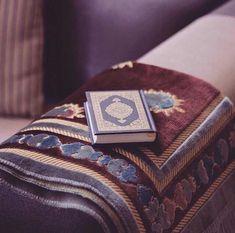 Islamic Wallpaper Hd, Mecca Wallpaper, Quran Wallpaper, Beautiful Quran Quotes, Quran Quotes Love, Islamic Images, Islamic Pictures, Mecca Islam, Quran Sharif