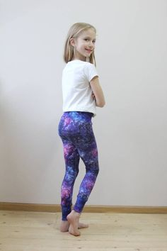 Girls leggings purple galaxy Purple leggings for toddler Purple leggings Baby leggings star Leggings print for girls Organic cotton leggings Mädchen Leggins lila Galaxie lila Leggings für Kleinkind lila Mädchen In Leggings, Yoga Leggins, Galaxy Leggings, Girls In Leggings, Purple Leggings, Cheap Leggings, Leggings Store, Preteen Girls Fashion, Teenage Girl Outfits