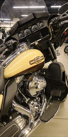 Today We Have For You A 2017 Electra Glide Ultra Limited