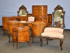 ~ Rockford Furniture Co. 9 pc. French Style Bedroom Set ~ new.liveauctioneers.com