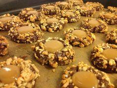 Vianočné karamelové tortičky - recept | Varecha.sk Bottle Crafts, Christmas Cookies, Doughnut, Muffin, Cooking Recipes, Breakfast, Sweet, Xmas Cookies, Morning Coffee