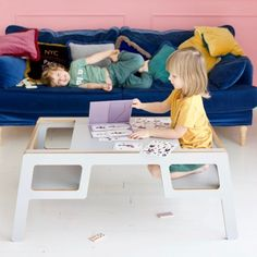 FLEX DOUBLE STOLIK ze sklejki polski design Mebloscenka Coffee, Table, Furniture, Design, Home Decor, Homemade Home Decor, Mesas, Home Furnishings, Design Comics