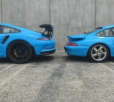 Porsche gt3 rs riviera blue