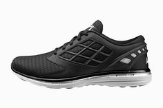 """Effortlessly """"FLY"""" Since 79*~: APL Debuts its New Running Footwear Collection*~"""