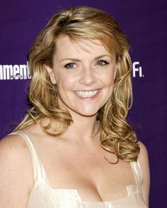 Amanda Tapping Busty In White Top Photo Or Poster & Garden Amanda Tapping, Amanda Bynes, Jennifer Love Hewitt, Alicia Silverstone Movies, Photography Movies, Michelle Dockery, Portraits, British Actresses, Hollywood Actresses