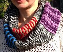 Ravelry: ColorBand Cowl pattern by Neuroknits Designs