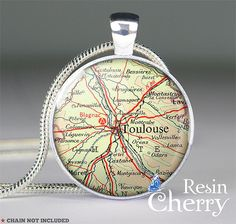 vintage Toulouse map pendant