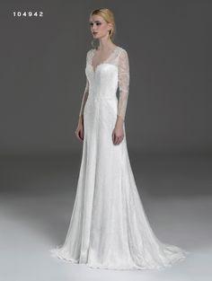 f1598043b484 Da Atelier San Valentino Bussolengo Verona. ateliersanvalentino · abito da  sposa ...