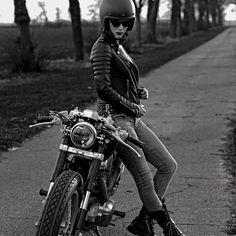 Jacket made by British designed #bodaskins check them out here http://www.bodaskins.com/ - Pin by Corb Motorcycles
