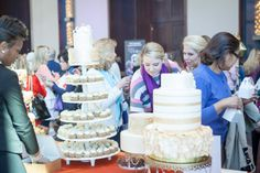 Yum to mini-cupcake it or to wedding cake it- that is the question! SO many options at a PWG Wedding Show. Don't miss the next #nashpwgshow in June! #weddingcake