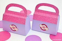 Doctor Bag  Favor Box - DIY Printable PDF via Piggy Bank Parties The perfect lil' favor for a Doc McStuffins' party!