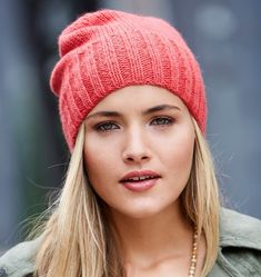 Free knitting pattern for Effortless Beanie slouchy hat with ribbed brim