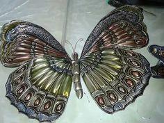 Mariposa Soda Can Crafts, Soda Can Art, Caterpillar Art, Pewter Art, Metal Embossing, Tin Art, Butterfly Art, Metal Flowers, Art Lesson Plans