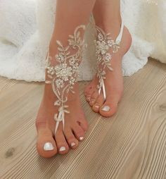 ivory gold beaded, pearl frame Beach, wedding barefoot sandals, Ivory Barefoot Sandals, Sexy, Anklet , Bellydance, Steampunk, Beach Pool