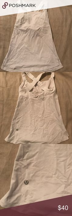 Lululemon sports tank top Lululemon sports tank top in perfect condition. Adorable and flattering style that isn't sold anymore. No flaws. Sorry, it's a little wrinkly from being in my closet lululemon athletica Tops Tank Tops