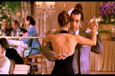 Você é fã de Al Pacino e se emociona toda vez que vê o artista dançando tango em Perfume de Mulher? Que tal rever o filme no cinema? O projeto Clássicos Cinemark irá exibir o filme nos dias 25, 26 e 29 de abril. Saiba mais informações no site Arroz de Fyesta.