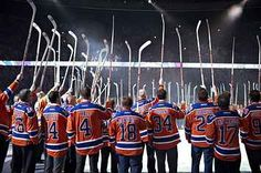 """Watching """"O Canada"""" Sung For The Last Time At Rexall Place Will Break Your Lil' Hockey Heart"""