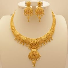 Manufacturer and exporter of gold, diamond and silver jewellery from India. Gold Ring Designs, Gold Bangles Design, Gold Earrings Designs, Gold Chain Design, Gold Jewellery Design, Handmade Jewellery, Necklace Designs, Bridal Jewellery, Gold Necklace Simple