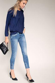 Esprit - - Soepele blouse met kraaltjeshals kopen in de online shop