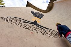 """""""A Path Of Struggle Through A Kingdom And Its Crown"""" New Street Art Mural By Basik - Lido Adriano, RA"""