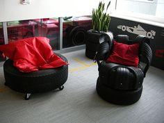 #Upcycle de pneus em móveis! www.eCycle.com.br Sua pegada mais leve.