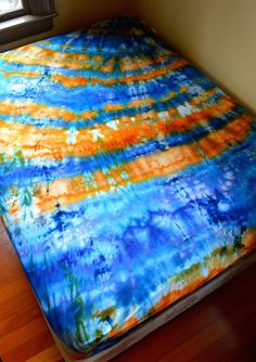 Hand Dyed King Sheet Set Tie Dye Psychedelic by Wildflowerdyes Tie Dye Sheets, Queen Size Sheets, Tie Dye Techniques, King Sheet Sets, Flat Sheets, Tie Dyed, Tie Dye Skirt, Pillow Cases, Mattresses
