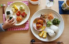 【朝ごはんカタログ】子ども用のパパッと朝食&常備菜で作る彩ワンプレート~料理家さん家の朝ごはん~ | レシピサイト「Nadia | ナディア」プロの料理を無料で検索