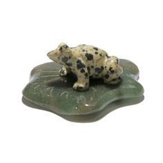 Jasper Frog 01 Animal Spotted Dalmatian Stone Green Leaf Carving Crystal 2.5 (Gift Box)  Price : $40.00 http://www.idigcrystals.com/Jasper-Spotted-Dalmatian-Carving-Crystal/dp/B00FWFIL7W