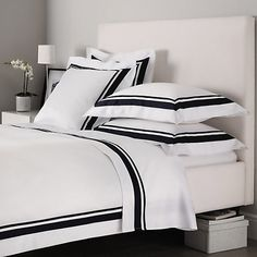 Bedroom Colors, Home Decor Bedroom, Bedroom Furniture, White And Navy Bedding, White Bedroom, Bedroom Comforter Sets, Bed Cover Design, Luxury Bed Sheets, Hotel Collection Bedding