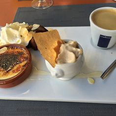Love the idea of #cafegourmand - mini desserts and coffee v fine #chocolate dessert #beziers