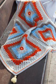 Anabelia craft design: Sabine baby blanket, crochet pattern