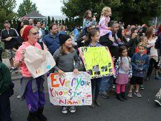 Grace VanderWaal's homecoming parade