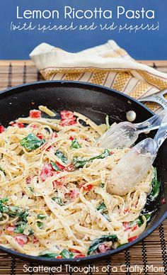 Light and easy pasta dish: Lemon Ricotta Pasta w/ Spinach and Red Peppers #lemon #pasta #recipe
