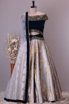 Designer Lehnga Choli, Designer Bridal Lehenga, Wedding Lehnga, Wedding Skirt, Stylish Dresses For Girls, Stylish Dress Designs, New Dress Design Indian, Latest Bridal Dresses, Lehnga Dress